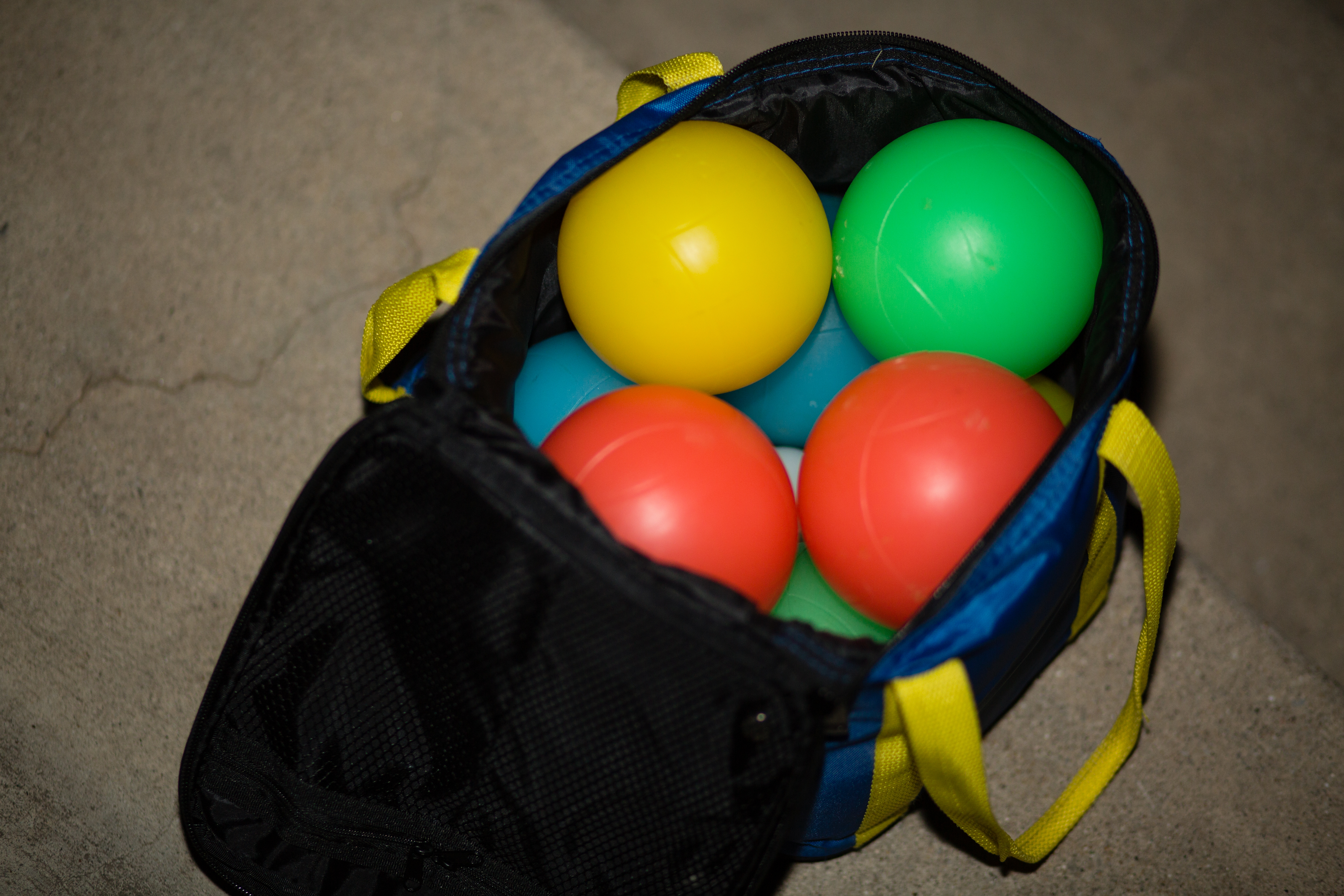 Inside Playaboule Bocce Bag